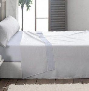 Juego de sábanas blancas